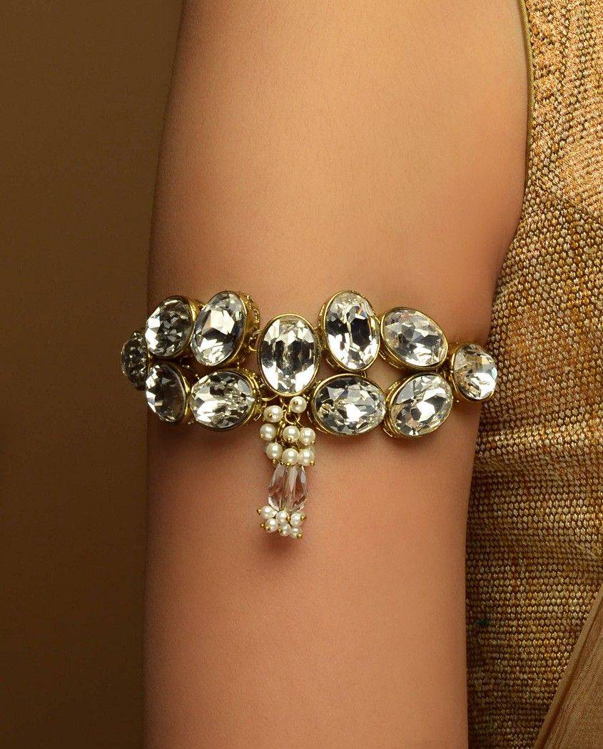 wedding-jewelry-essentials-armlet-image