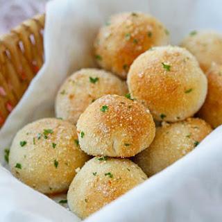 Garlic Cheddar Cheese Bombs