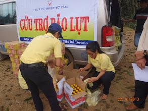 Photo: Cuu tro tai Ha Tinh