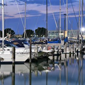 Marina al tramonto by Francesco Benettolo - Transportation Boats ( marina by night, marina, barche )