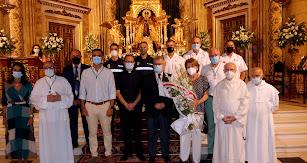 Primera ofrenda floral a la Virgen del Mar de las que se realizarán de forma escalonada a lo largo de la semana.