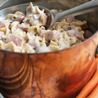 Pennsylvania Dutch Ham & Noodle Casserole