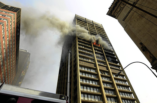 The writer says like the Esidimeni disaster there were warnings before a building housing three government department caught fire and claimed the lives of three firefighters.