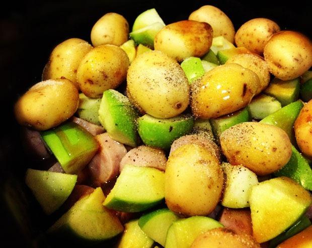 Apple, Sausage and Sauerkraut Slow Cooker Stew Recipe | Yummly