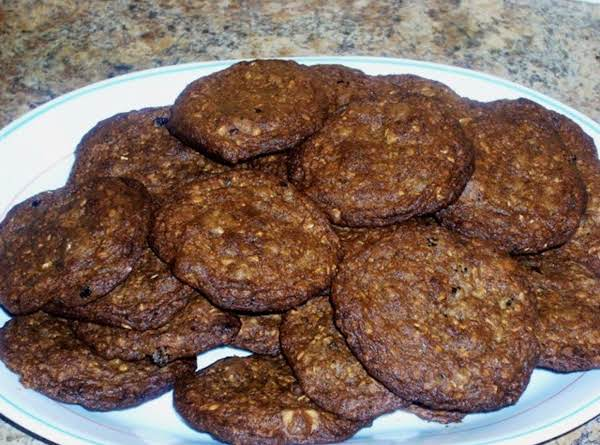 Healthy Crispy Oatmeal Cookies Recipe