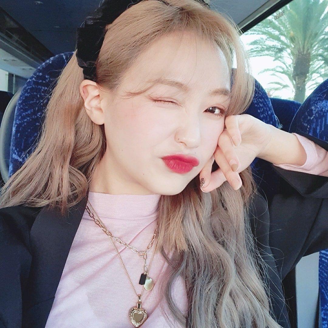 lovelyz sujeong1