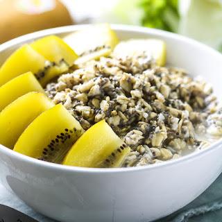 Sungold Kiwi Breakfast Power Bowl.