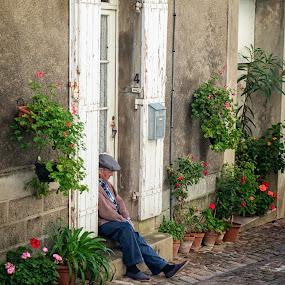 St. Emilion Street Scene by Mike Moss - City,  Street & Park  Street Scenes ( st. emilion, france, street scene )