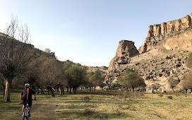 По долине Ихлара