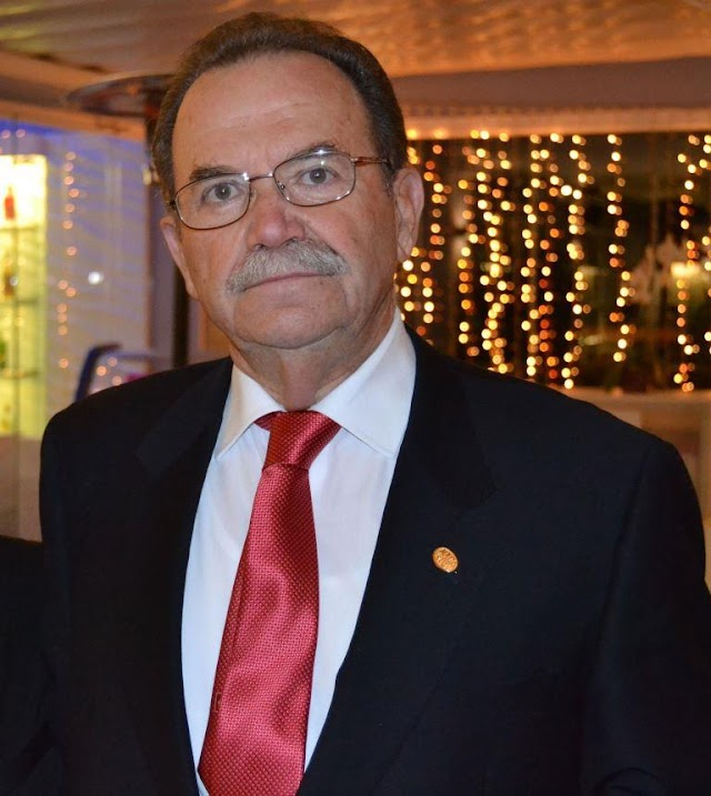 Manuel Abad González