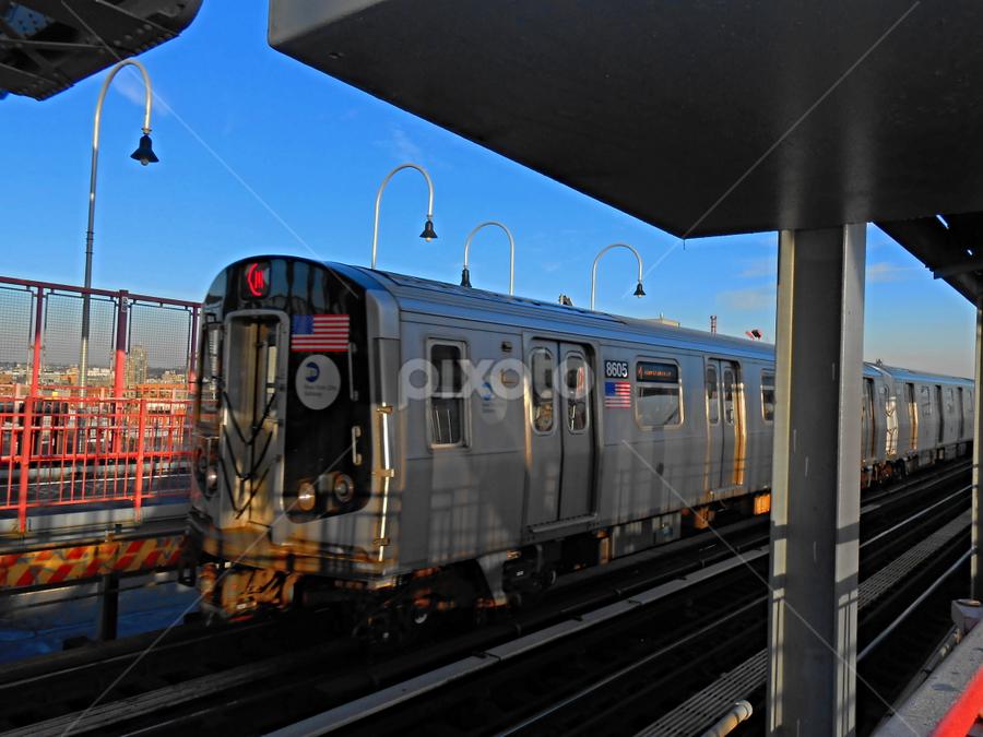 R160 on the M line   Trains   Transportation !!!   Pixoto