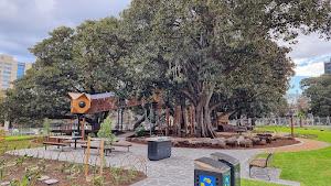 Urban park - Lincoln Square