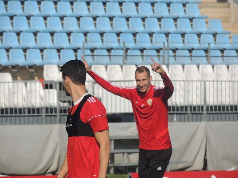Petrovic, feliz en el entrenamiento.
