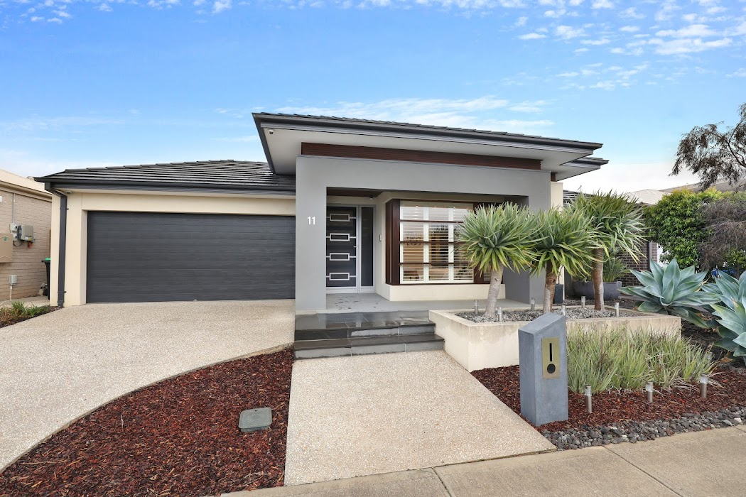 Main photo of property at 11 Rowling Street, Fraser Rise 3336