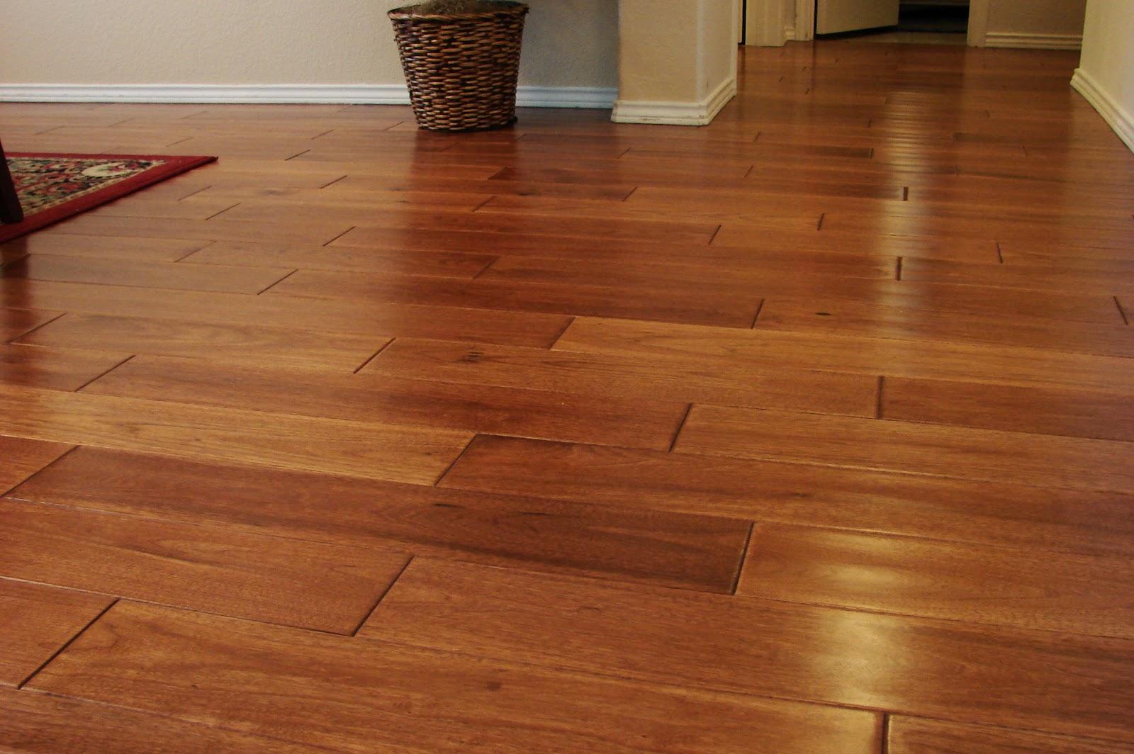 Wood_flooring_made_of_hickory_wood.jpg