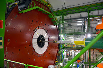 Photo: The detectors - the proton beams are magnetically steered to so that the protons collilde.