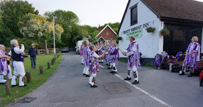 Photo: DANCE AT THE TRUSTY SERVANY MINSTEAD