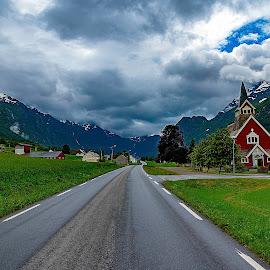 Long road by IansLense . - Transportation Roads (  )