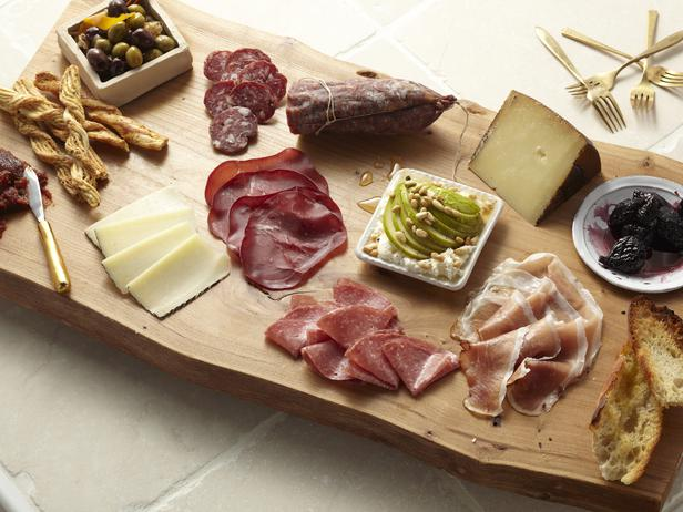 Photo: Get the recipe for this Antipasto Platter >> http://ow.ly/hiDaw