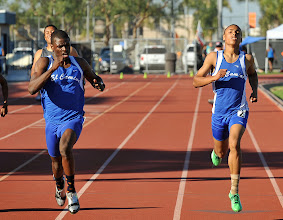Photo: Antwon Parker (left) 1st 200m 22.89