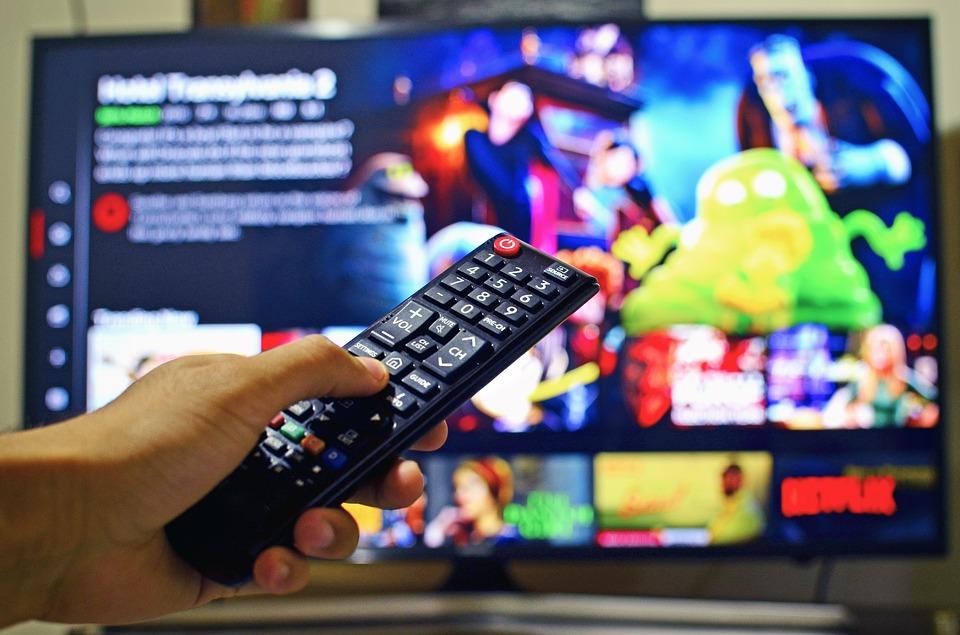 La televisión crea sus propias tiendas online, ¿y si haces tú lo mismo?