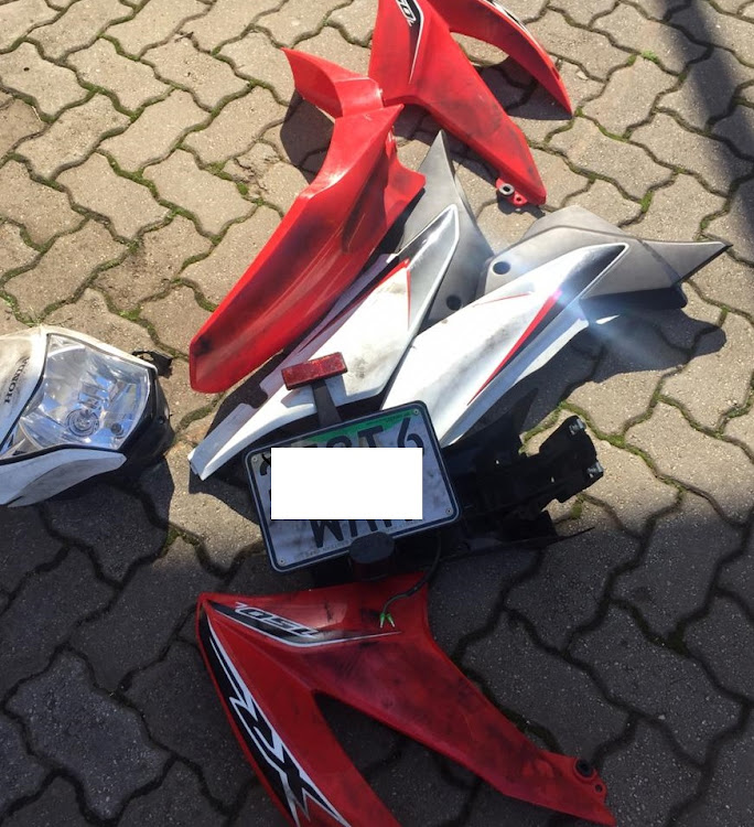 Possible motorbike syndicate thieves nabbed