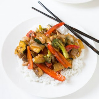 Broccoli and Bell Pepper Chicken Stir Fry