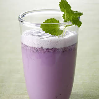 Blueberry and Rice Milk Smoothie.