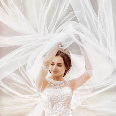 Wedding photographer Denis Baturin (baturindenis). Photo of 26.03.2016