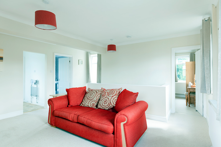 living space at Cauldwell Avenue - East Ipswich