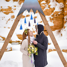 Wedding photographer Ekaterina Manaenkova (lapick87). Photo of 14.02.2018