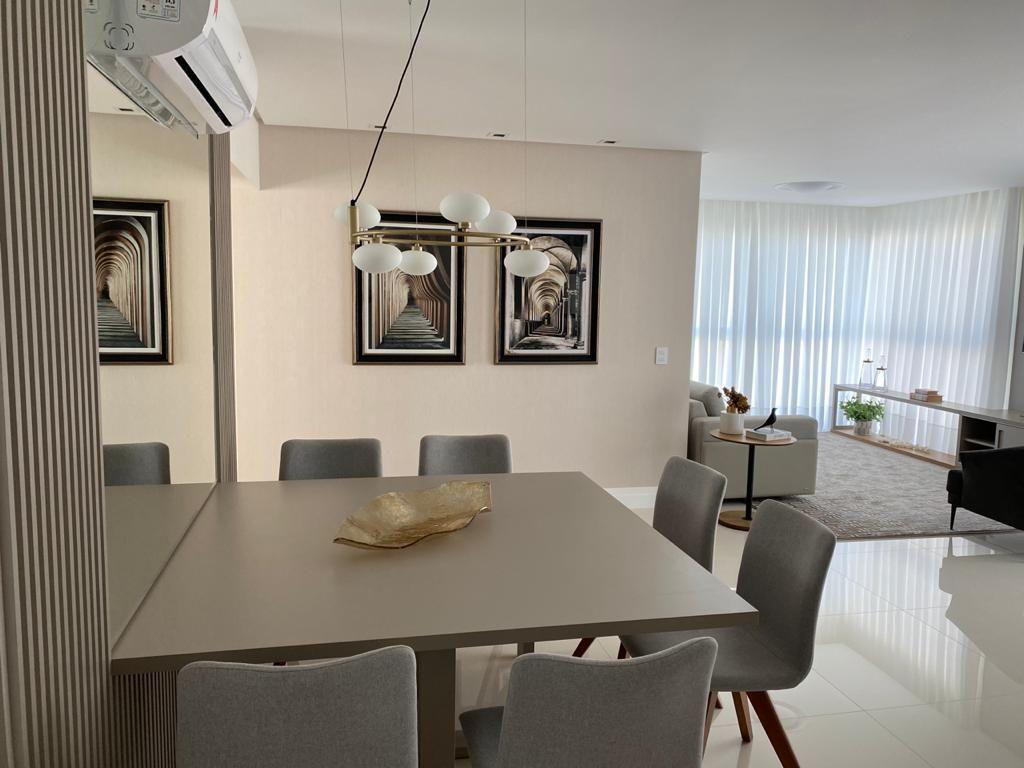 Apartamento Mobiliado no Edifício Splendia Tower com 3 dormitórios à venda por R$ 2.500.000 – Centro – Balneário Camboriú/SC