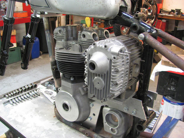 Supercharger on Triumph inlet side. By Machines et Moteurs on Paris.