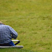Posture scorrette , i rischi dell'abuso di tecnologia di
