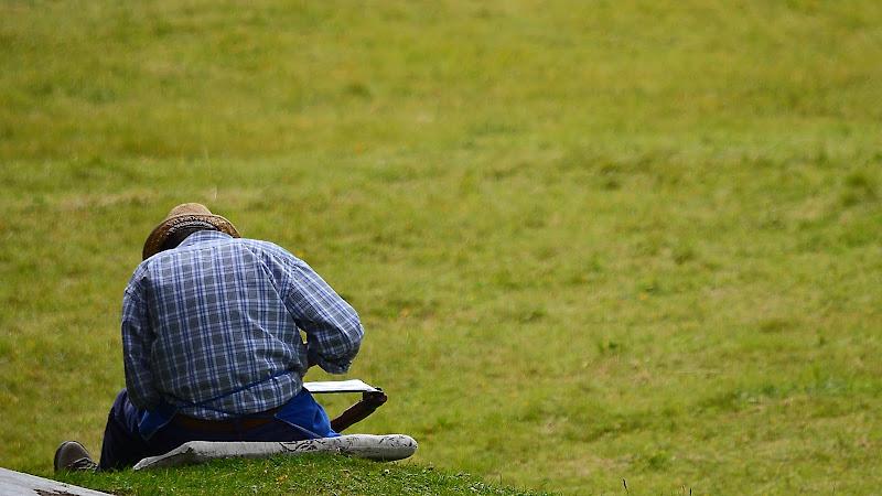 Posture scorrette , i rischi dell'abuso di tecnologia di ©