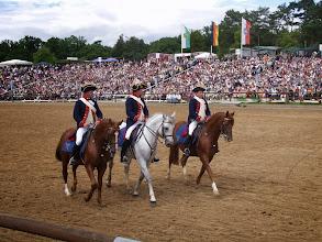 Photo: Drei Reiter bei der Hengstparade Moritzburg