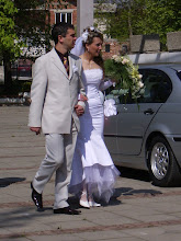 Photo: a bulgarian wedding!  very stylish.