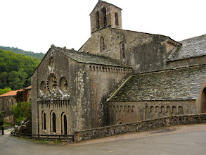 Photo: de abdij van sylvanes