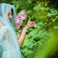 Wedding photographer Yuliya Merzhvinskaya (Juliet-M). Photo of 19.10.2013