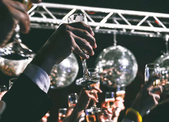New Years DJ Hire In London | Platinum Disco