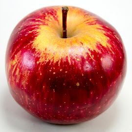 Fresh Red apple by Basant Malviya - Food & Drink Fruits & Vegetables ( apple, healthy, food,  )