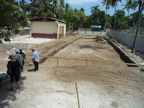 Photo: Mars 2011: Implantation du bâtiment sud