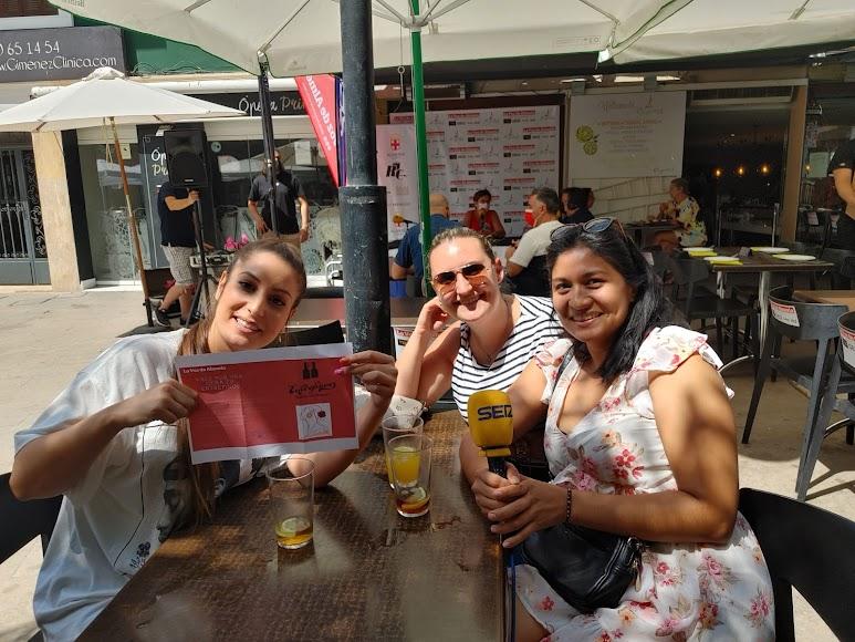 Gema, Amanda y Lady consiguieron la cena en el Entrefinos