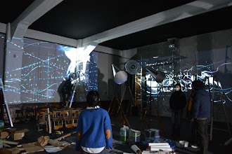 Photo: Feb. 4, 2014 (Photo: Yuki Yoneda)  William Kentridge, The Refusal of Time, 2012. A collaboration with Philip Miller, Catherine Meyburgh, and Peter Galison. Installation in progress in the auditorium of the former Rissei Elementary School for Parasophia: Kyoto International Festival of Contemporary Culture 2015 Prelude [Exhibition] William Kentridge: The Refusal of Time, 2014. Photo by Yuki Yoneda, courtesy of the Kyoto International Festival of Contemporary Culture Organizing Committee.  ウィリアム・ケントリッジ《時間の抵抗》2012 コラボレーション:フィリップ・ミラー、キャサリン・マイバーグ、ピーター・ギャリソン 「PARASOPHIA: 京都国際現代芸術祭2015 プレイベント[作品展示]ウィリアム・ケントリッジ《時間の抵抗》」(2014)展示作業の様子 撮影:米田有希 提供:京都国際現代芸術祭組織委員会