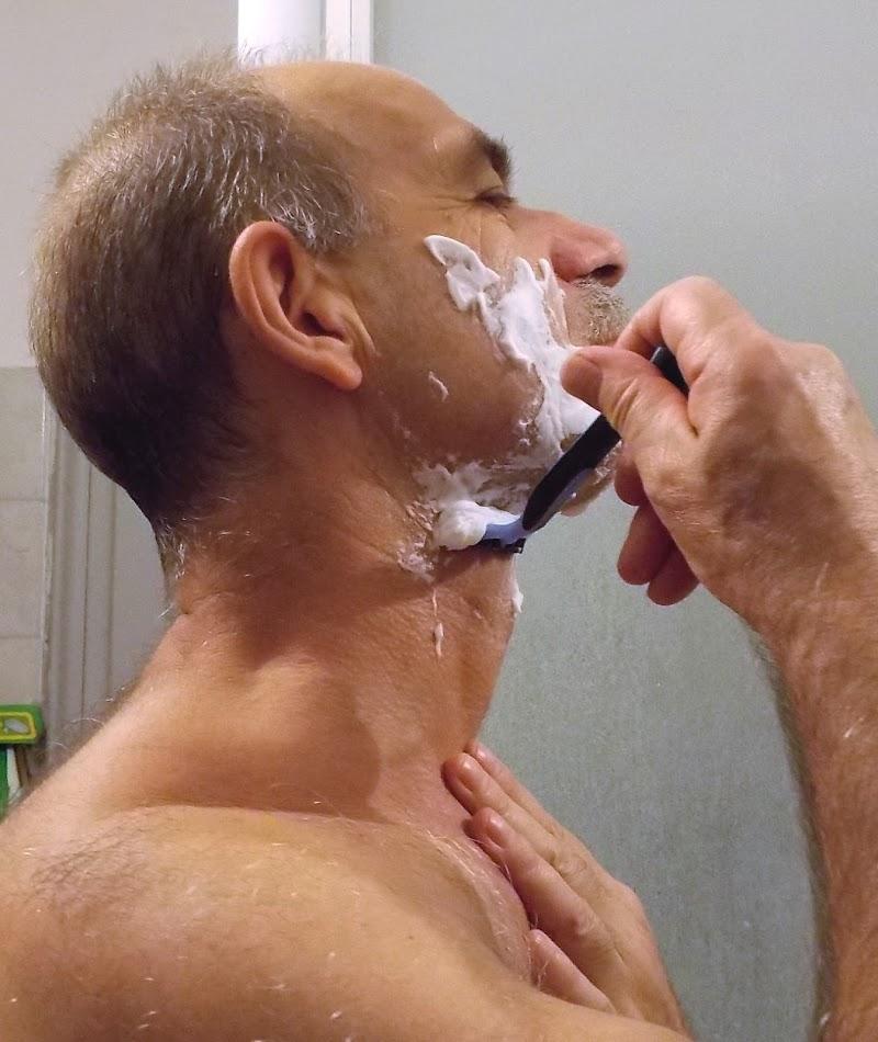 Che barba farla tutte le mattine ! di pandi