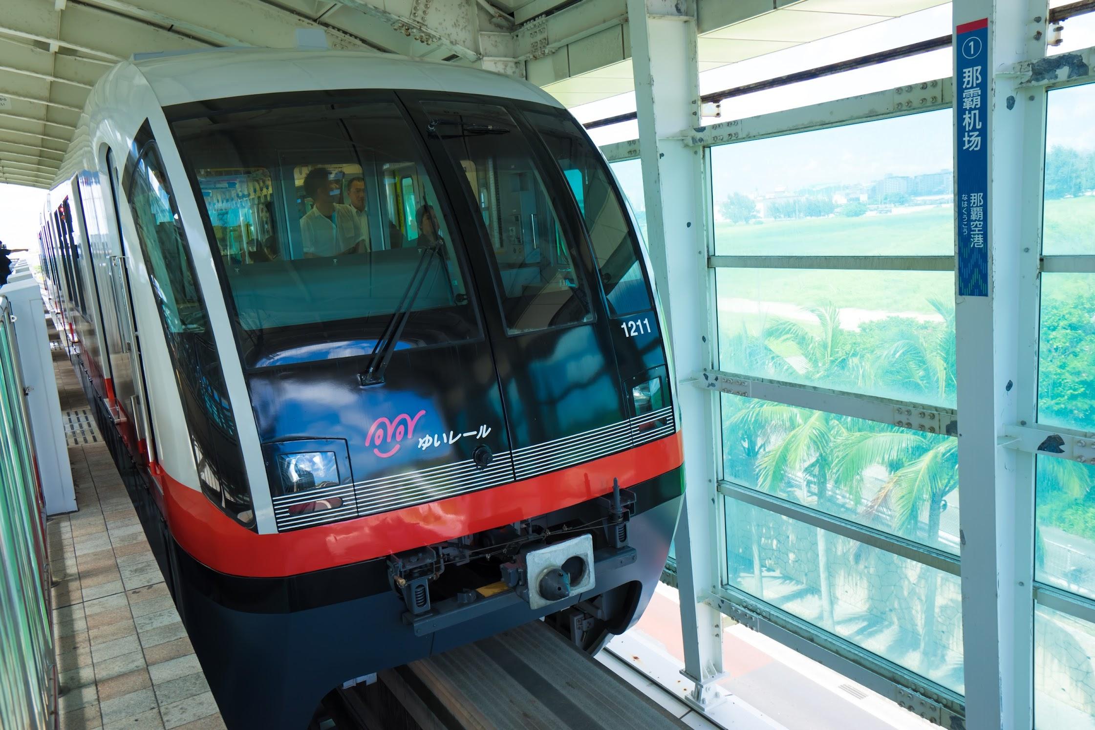 Naha Airport Monorail2