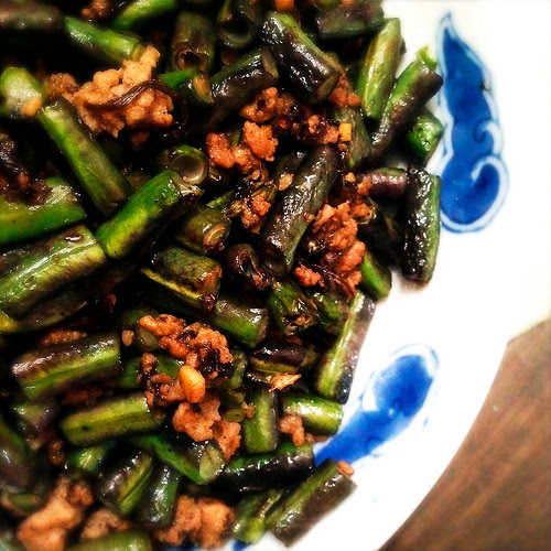 chinese, Chiuchow, Long Beans, Olive Vegetable Sauce, recipe, stir fry, traditional, 橄欖菜, 炒, 長豆