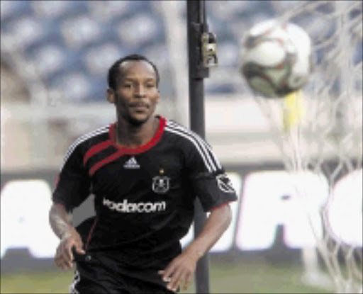 scorer: Pirates striker Katlego Mashego celebrates after scoring his second goal against Bloemfontein Celtic at Orlando Stadium yesterday. Bucs won 3-1. Pic.Antonio Muchave. 08/11/2009. © Sowetan. 20091108AMU/SOCCER  Orlando Pirates Katlego Mashego celebrating after scoring his  2th goal  during their ABSA/PSL match against Celtics   at Orlando Stadium in Soweto. PHOTO : ANTONIO   ------  please scann big