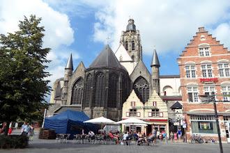 Photo: Sint-Walburgakerk