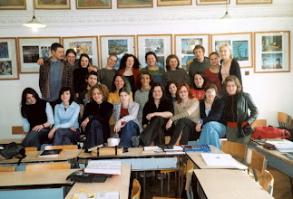 Photo: 2004 r.  klasa 5 b ceramicy w pracowni historii sztuki, B.Szota-Rekieć